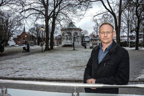 BYUTVIKLING: – Saugbrugs og Ringstad Næringsutvikling har kommet med innspill til bruk av bygninger som viktig for byen, sier rådmann Roar Vevelstad.