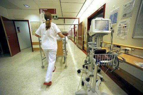 Jan-Erik skryter av behandlingen han fikk på sykehuset. (Arkivbilde: Vidar Ruud)
