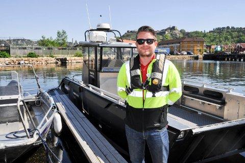 HENVENDELSER: Jon Marcus Bruun, avdelingsleder i Halden havn, får nå daglig henvendelser fra folk som trenger midlertidig båtplass i Halden som følge av restriksjonene for å dra til Sverige, hvor flere haldensere har båtplass.