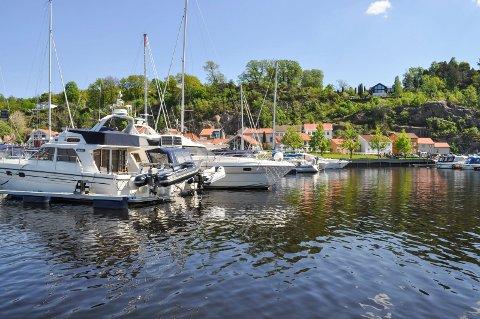 FULLT: Etterspørselen etter båtplasser til store båter har økt, og på Verven er det venteliste. Arkiv.