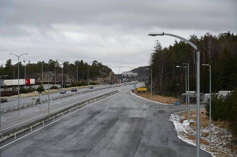 E6 retning Norge stenges i mange timer etter ulykke på Svinesundbrua.