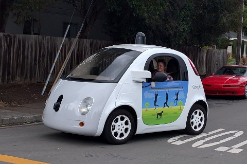 BILER: Google har gjennomført mange tester med førerløse biler.