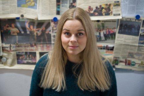 UTEKONTAKT: Marthe Nyvoll jobber med å forebygge at ungdommer sprer nakenbilder på nett. Foto: Marthe Nyvoll