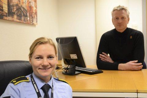Politiførstebetjent Bodil S. Nakkerud og politiførstebetjent Svein Buer synest dei har eit godt samarbeid med både ungdom og andre etatar. No vert ungdommar kalla inn knytt til hasj.