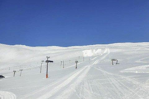 Opnar: Torsdag opnar skisenteret i Røldal att. Det er meldt opphaldsvêr heile helga, og skisenteret vil utvide opningstida til klokka 9 om morgonen.foto: privat