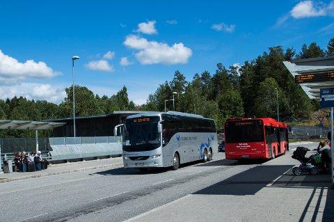 Statens vegvesen varsler kontroller av beltebruk i busser over hele landet. Foto: Berit Roald / NTB scanpix
