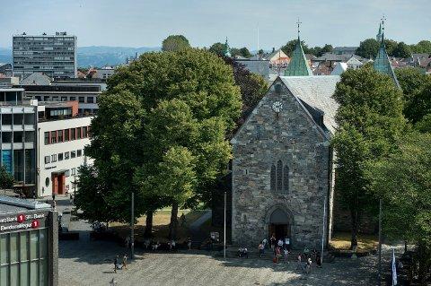 Stavanger  20180726. Stavanger domkirke er fra 1100-tallet og er det eldste stående domkirkebygg i Norge. Foto: Carina Johansen / NTB Scanpix