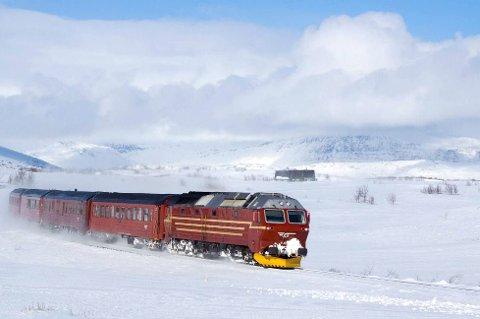 Påsketog: Selv om NSB har ordnet med ekstra seter, er de sørgående togene på Nordlandsbanen første og andre påskedag utsolgt.
