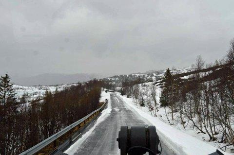 KLAR BANE: Mandag ble det klar bane fra Knutlia til toppen av Korgfjellet.