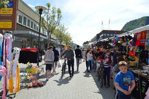 LIV I SENTRUM: Det blir mye aktivitet i sentrum under Cupdagene.
