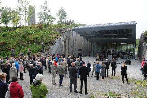 Helgeland museum fikk 85 0000 kroner av Nordland Fylkeskommen, til Petter Dass-dagene 2020.