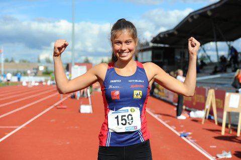 GULL: Sigrid Forsmo Kapskarmo beviste på lørdag hvilket stort hopptalent hun er da det ble gull i tresteg i Ungdomsmesterskapet i friidrett.