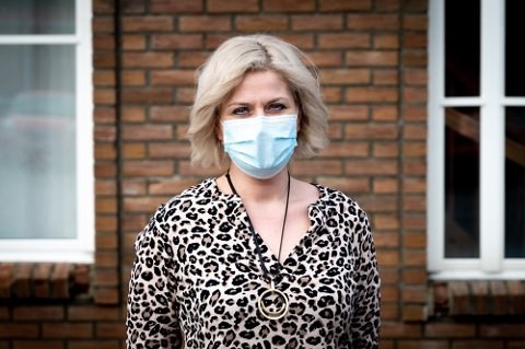 Venter: Vedkommende ved Vefsn sykehjem som fikk påvist smitte var fullvaksinert. Nå venter kommuneoverlege Hege Harboe-Sjåvik og resten av smittevernteamet på prøvesvar som skal bidra til å planlegge veien videre.