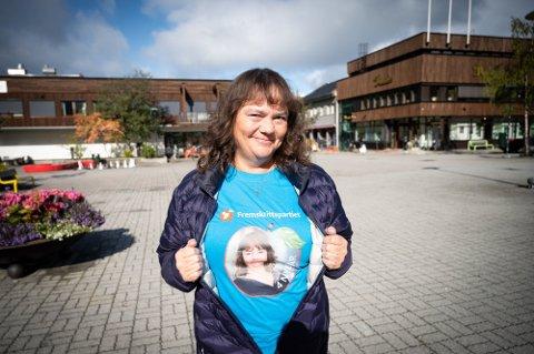SPENT: Hanne Dyveke Søttar er spent før valgkvelden mandag.