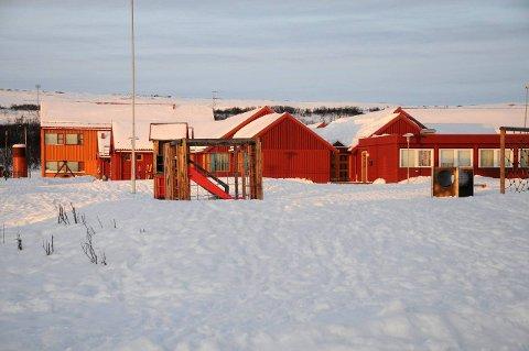 Positiv til barnehage: Administrasjonen synes det høres spennende ut med en storbarnehage i gamle Fossen skole.