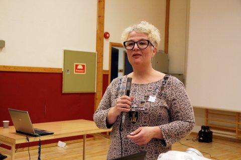 REAGERER: Bente Haug som har vært styreleder i Seiland nasjonalpark, sier hun reagerer på å bli sammenlignet med nynazister. Dette bildet er tatt ved en tidligere anledning.