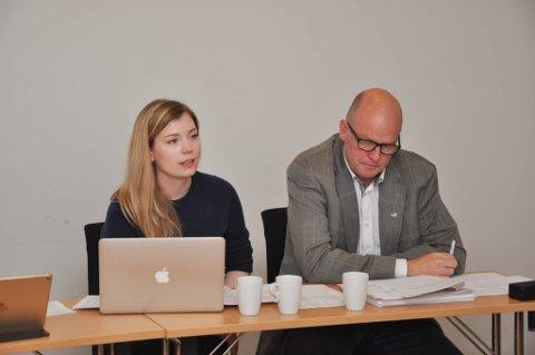 LEI SVARTMALING: Høyre-politikerne Marianne Haukland og Kristen Albert Ellingsen har sett seg lei på svartmaling fra venstresiden i region-saken.