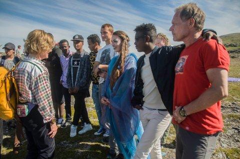- Fortsett med dansekunsten. Forestillingen var en fantastisk opplevelse, sa dronning Sonja til Sigyn Åsa Sætereng.