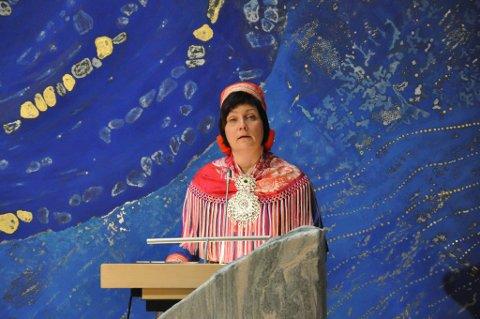 """Sametingspresident Aili Keskitalo (NSR) må ventelig gå av i morgen, etter at NSRs budsjettforslag blir nedstemt, og det dermed reises mistillitsforslag mot hene og den """"sitende regjering"""" fra grupperingen Arbeiderpartiet¸ Árja, Høyre, Åajel-samij Gielh."""