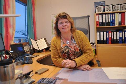 I GANG MED UNDERSØKELSE: Rektor Inger B. Persen ved Alta videregående skole.