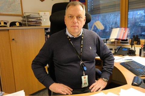 ØKNING: Påtaleleder Morten Daae i Finnmark politidistrikt har registrert en økning i vinningskriminalitet i Alta-regionen de fire første månedene i år, men en nedgang i resten av politidistriktet.