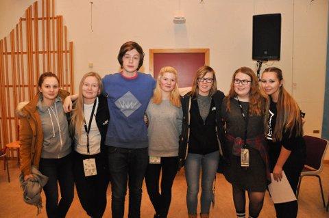 NOMINERT: Disse er nominert innenfor ung arrangør, media og konferansier fra fylkesfinalen i UKM i  Finnmark.