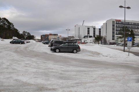 KRAFTIG ØKNING: Prisen for å parkere i Alta sentrum økte tirsdag med 25 prosent.
