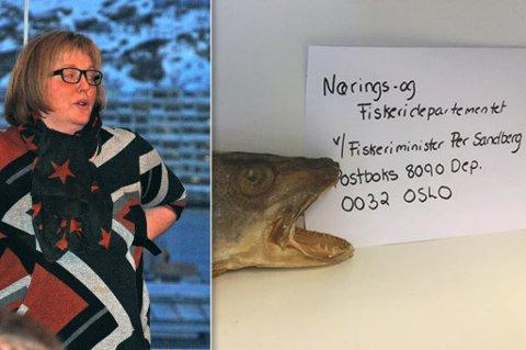UTFORDRER: Ann-Kristin Kvalsvik i Akkarfjord utfordrer alle fiskere og fiskekjøpere langs kysten til å sende et skrikende torskehode til fiskeriminister Per Sandberg