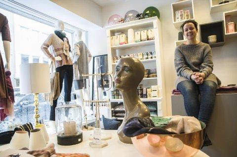 STØTER EN GOD SAK: Anette Sirkka Nora er en av bidragsyterne på søndagens «Mote med mening» i Hammerfest.