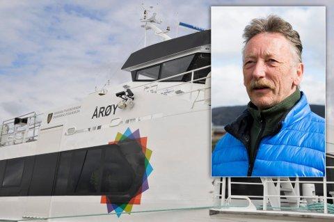 """KOM IKKE: - Alle som så på syns det var merkelig at M/S """"Årøy"""" ikke la til kai på Ingøy, sier Måsøy-ordfører Gudleif Kristiansen."""