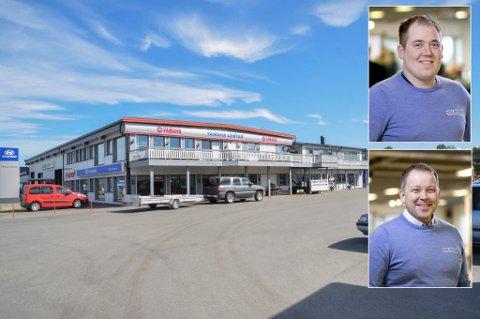 JUBELSALG: TK Motor selger scootere som hakka møkk. Både daglig leder Tor Åge Kristensen (under) og selger Roy Daniel Heitmann kan juble over et salg på over 50 scootere.