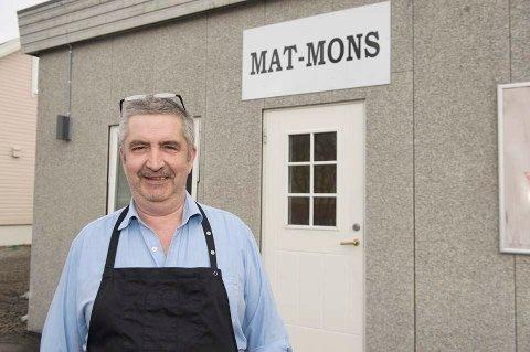 SLUTT: Øystein Aarnes håper noen andre vil ta over butikken med varm og kald sjømat.