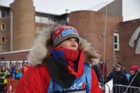 BRUTT: Elisabeth Edland har brutt årets Finnmarksløp. Her fra starten lørdag.