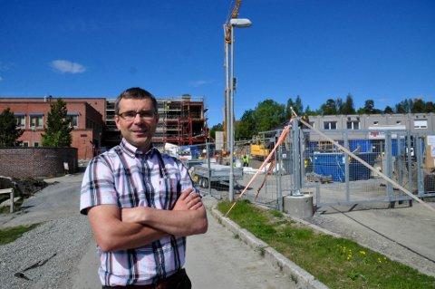 DAGLIG LEDER: Halvdan Heggheim er daglig leder i Entreprenør Harald Nilsen AS i Alta. Dette bildet er tatt ved en tidligere anledning.