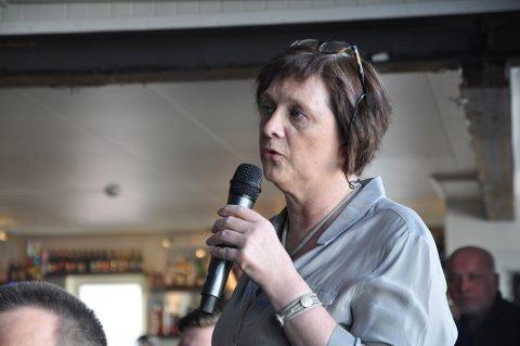 TØFT: Ordfører i Nordkapp kommune, Kristina Hansen, sier den siste tiden har vært tøff både for henne og familien. Hun håper man kan opptre med respekt selv om man er uenige.