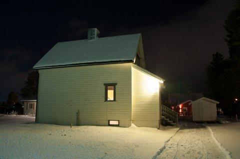 1952-MODELL: Sørli gir vekk dette huset fra 1952 til den som vil hente.