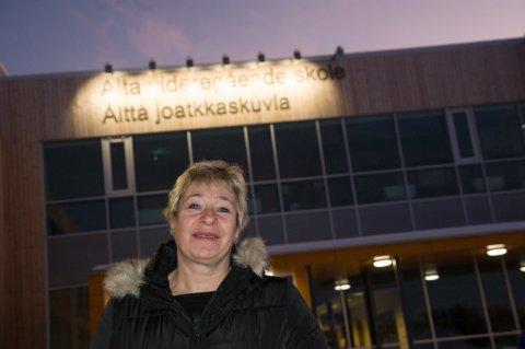 KRITISK: Rut A. Olsen (Frp) er gift med en mann fra Mehamn, og hun har derfor fulgt situasjon i Gamvik kommune ekstra tett. Nå vil Alta-politikeren gjennom sitt verv på fylkestinget prøve å sørge for at det man har vært vitne til på Nordkyn ikke skjer igjen.