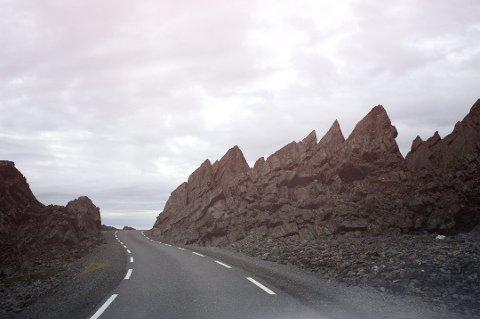 Veien ut til Hamningberg er det råeste og mest overraskende en kan oppleve, skriver artikkelforfatteren.