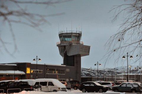 STILLE PÅ LØRDAGENE: På Alta lufthavn er det ingen kommersielle fly som letter eller lander på rullebanen.