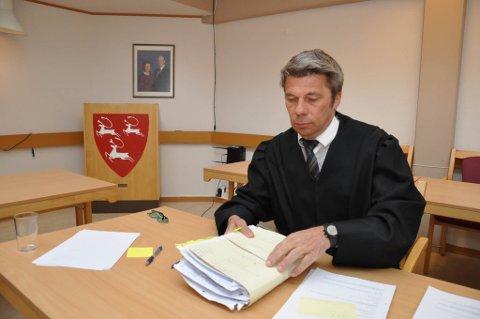 FORSVARER: Trond Pedersen Biti er mannens forsvarer i saken, som skal gå i Indre Finnmark tingrett.