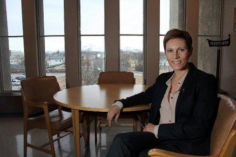 MELD DERE: Fylkesdirektør Grete Kristoffersen ved NAV Troms og Finnmark har en oppfordring til både arbeidstakere og arbeidsgivere