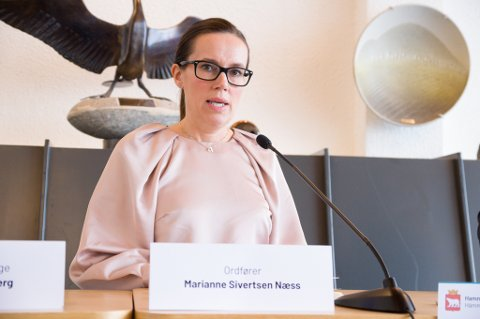 BEKYMRET: Ordfører Marianne Sivertsen Næss i Hammerfest sa at 50 mennesker i verste fall kan dø av korona i løpet av ett år.