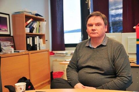 TRIST DAG: Ordfører i Karasjok, Svein Atle Somby, forteller til iFinnmark at ulykken går inn på han. – Jeg blir lei meg. Jeg kjente den omkomne. Dette bører hele samfunnet våres.