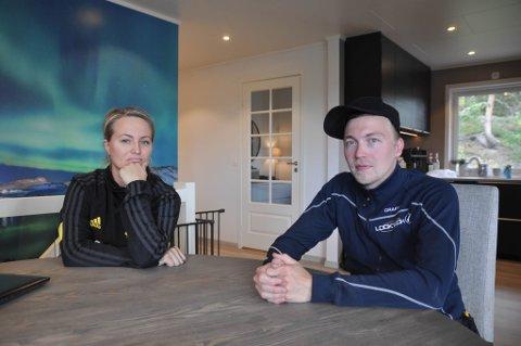 FORNØYDE: Tonje Helen Lamøy (27) og Tom-Vidar Nordgård (29) i Alta solgte huset sitt i Alta, og gikk senere til sak mot DNB Eiendom. De er nå ferdig med dommen i ankesaken.