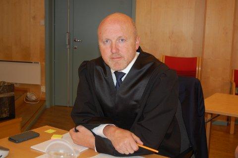 FORSVARER: Advokat Svein Skipnes forsvarer finnmarkingen som er tiltalt for grovt narkotikalovbrudd og vold, begge deler på Fauske.