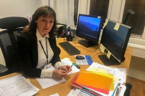HAR OVERSIKT: Altaordfører Monica Nielsen sier at det har blitt en del tilfeller i Alta etter jul, men at det dreier seg om importsmitte, som har vært oversiktlige tilfeller.
