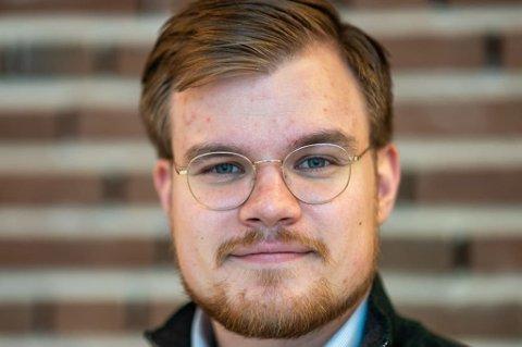 TIL ANGREP: Vetle Langedahl (H) reagerer på det han mener er dobbeltmoral.