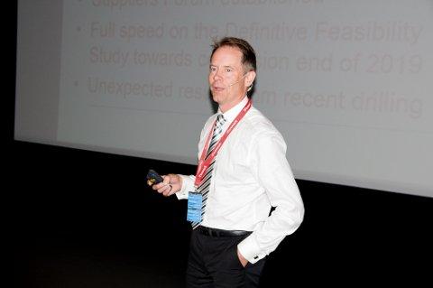 FÅR NABOER: Administrerende direktør Øystein Rushfeldt i  Nussir ASA. Foto: Trond Ivar Lunga
