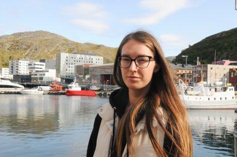 FIKK IKKE HJELP: Latviske Laura Bolmane fikk ikke hjelp hos legekontoret. Foto: Trond Ivar Lunga