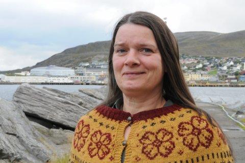 KOMMET UT AV MØRKET: Hanne Holan har brukt lang tid å komme seg opp av kjelleren. Foto: Trond Ivar Lunga